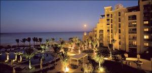 Cayman Hotel