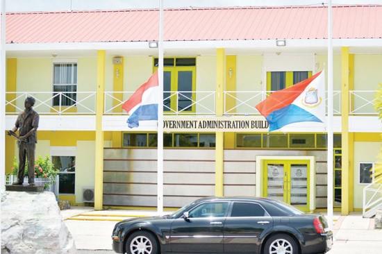 St. Maarten PLLC BV