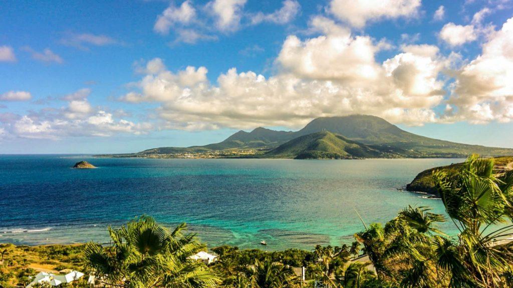 Illa Nevis