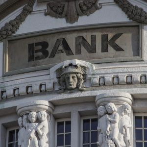 Why Are US Banks Blocking Cryptocurrency